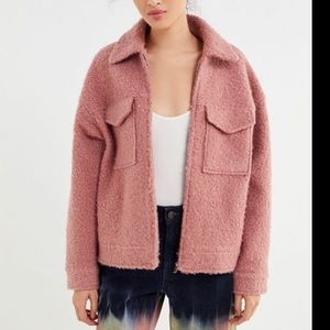 NWT URBAN OUTFITTERS TEDDY ZIP UP TRUCKER JACKET